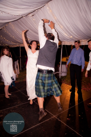 Every wedding should have a kilt…maybe slightly higher than this one LOL